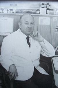 Лікар, письменник і громадський діяч Юліан Мовчан